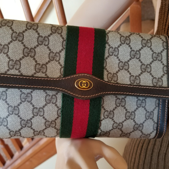 207e650965c5 Gucci Bags | Vintage Clutch With Red Green Stripe | Poshmark